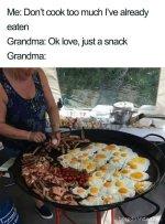 funny-food-memes-116-5bc5f78c403cb__700.jpg