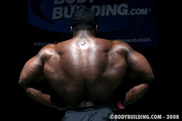 Brandon Curry guestposing in Boise fitness expo