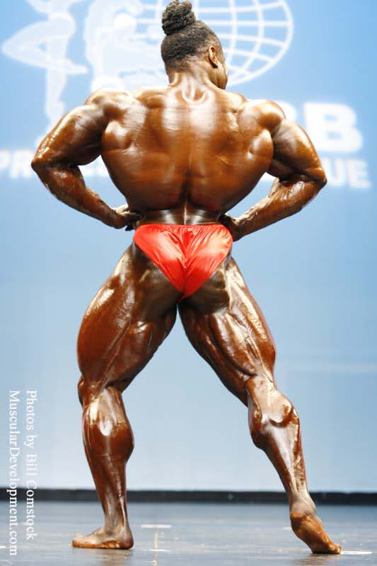 Phil Heath (Arnold 08) Vs Kai Greene (NY Pro 08)