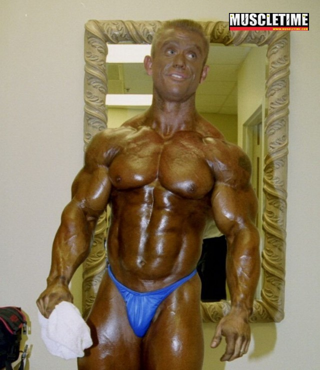 2000 Mr. Olympia - Backstage photos