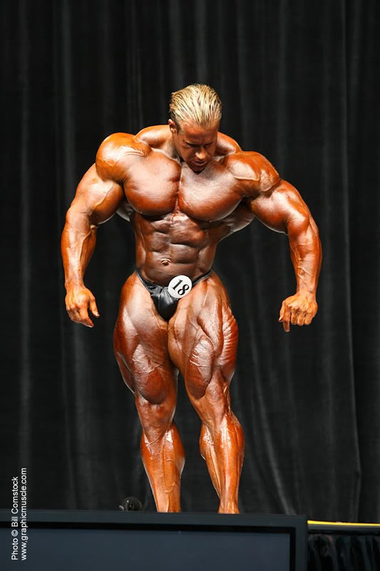 JAY CUTLER WITH WOLF WAIST!!