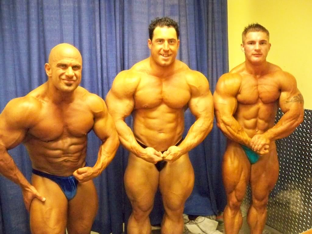 FANKHOUSER'S GUEST POSING THIS WEEK!