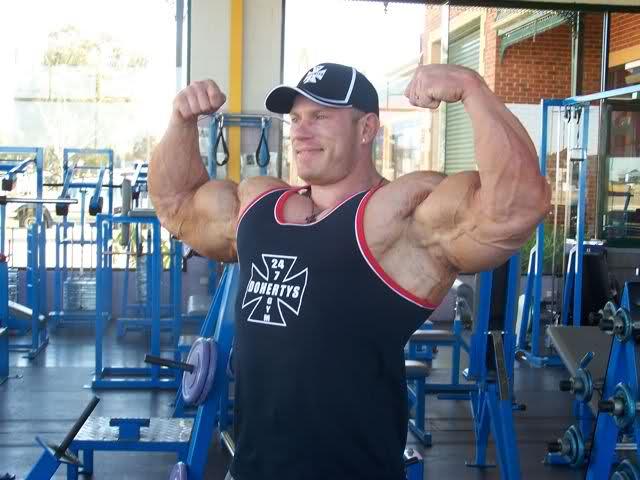 Dennis Wolf latest pics from Australia
