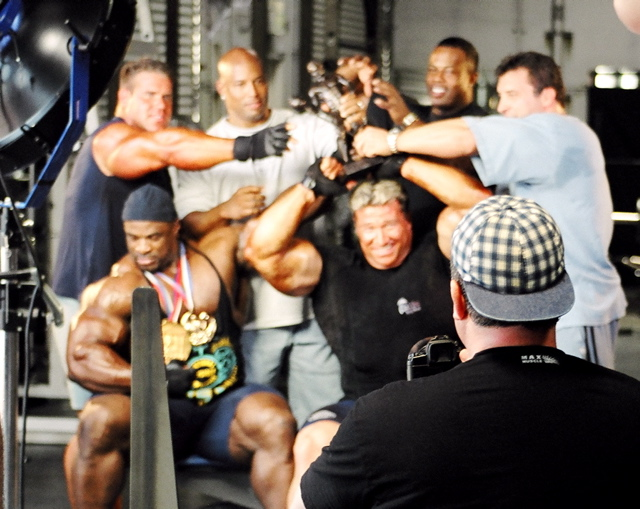 good times - GOLDS GYM FULLERTON PHOTOSHOOT (Ronnie, Jay & Gunter):PICS+FULL ARTICLE