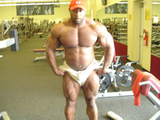 MARCUS HALEY : 11 WEEKS OUT : 257 LBS