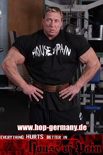"Markus Ruhl Advertises ""House Of Pain""(new photos)"