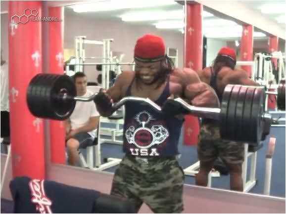 Clarence DeVis 120 kg biceps curls!!