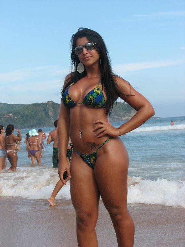 спиной толстые латинки и бразильские голые девки фото этого женщины
