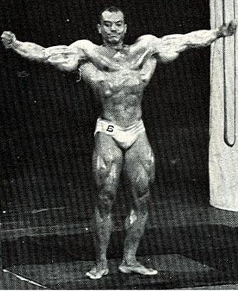 AAU 1970 MR. WORLD - ARNOLD X OLIVA X DRAPER