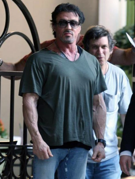 !!! 62 YEARS OLD SYLVESTER STALLONE PICTURE - WTF !!!