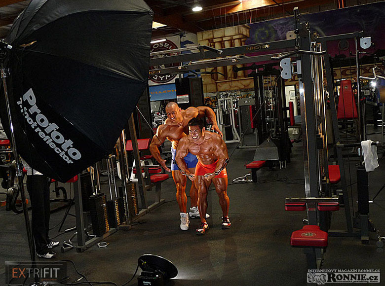 Photo session: Hidetada Yamagishi with Czech bodybuilder Petr Března