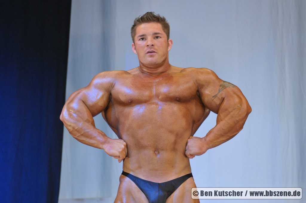 FIBO Power Germany: Ronny Rockel & Flex lewis guset posing