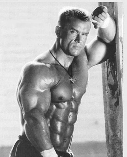 7 PICTURES OF AMAZING LEE PRIEST!!!