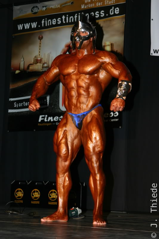 Tarek 2 weeks out of NY