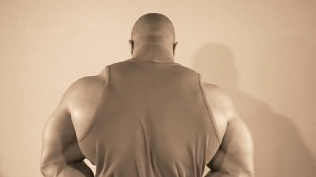"""Phil Heath """"The Gift: Unwrapped"""" - new tease trailer"""