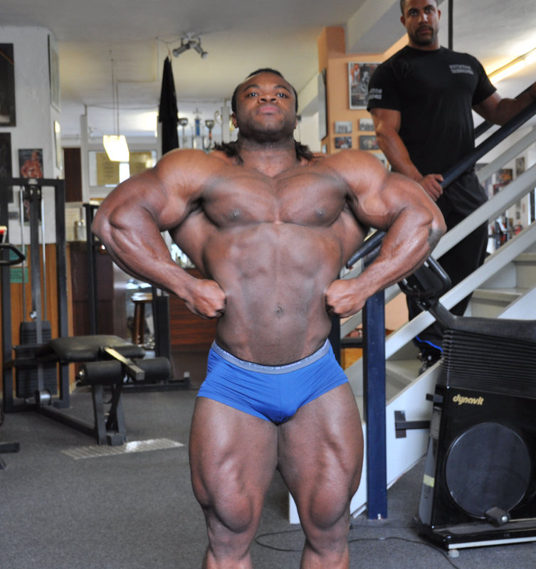 Clarence DeVis 7 weeks out from 09 Tampa Bay Pro