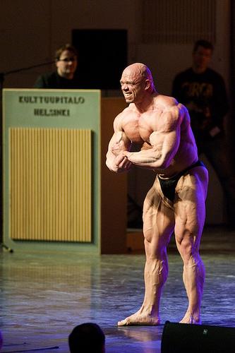 "New IFBB pro Jari ""Bull"" Mentula"