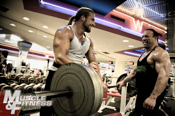 TRIPLE H AND PALUMBO MUSCLE & FITNESS SEPT 2009
