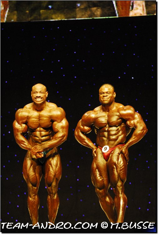 Dexter Jackson vs Kai Greene - 09 Mr Olympia