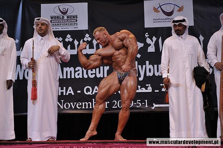 Dennis Wolf guest posing - Qatar