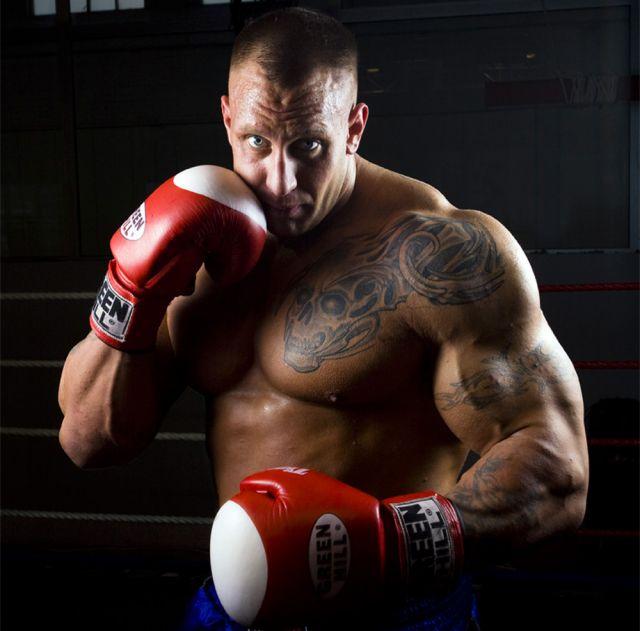 """Arild """"Hulk"""" Haugen pro boxing debut"""