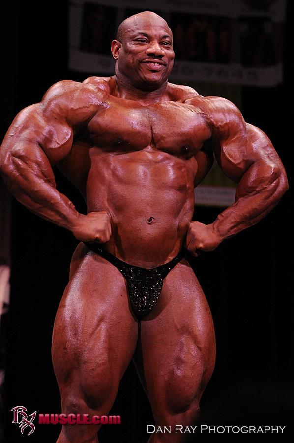 Dexter Jackson guest posing @ 2010 NPC Muscle Mayhem