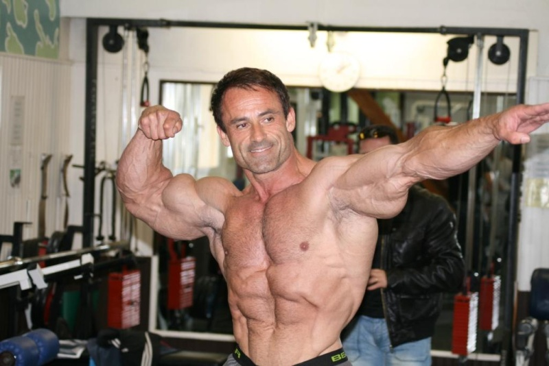 do men have testosterone