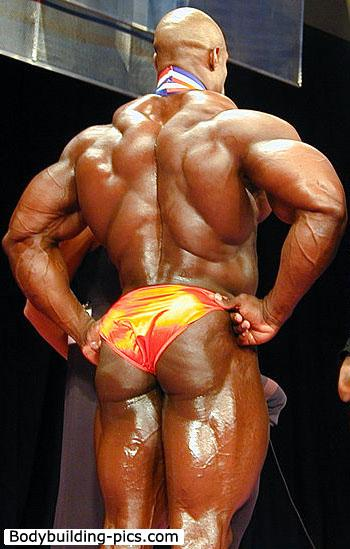 Ronnie Coleman wins The 2009 Megalympia!