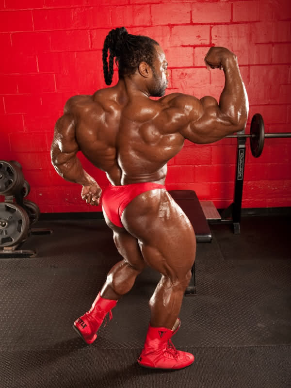 Old-New photo without data flowing through the net of: Kai Greene!