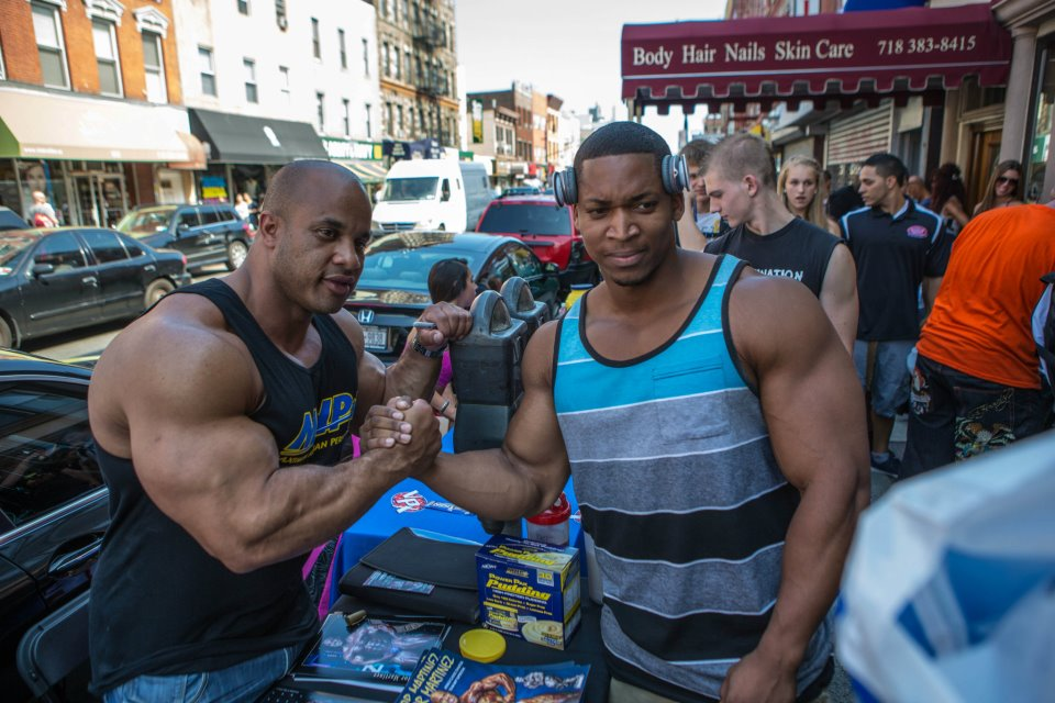 Victor Martinez & Jay Cutler - 10 weeks out from the Mr. Olympia 2012 (pics)