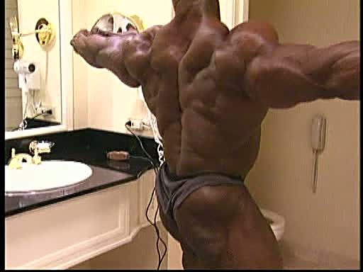 Ronnie Coleman - 2000 Mr. Olympia Before Prejudging PICS!!!