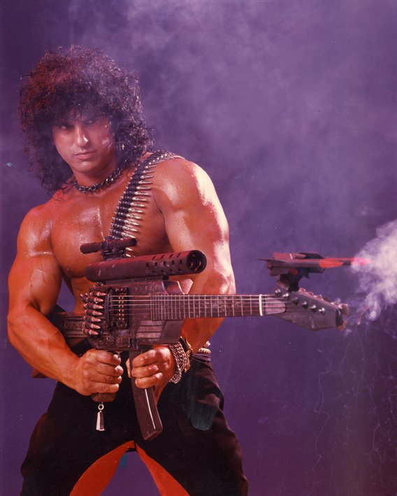 Kane Roberts – Former Alice Cooper Guitarist Defends Anabolic Steroid Use
