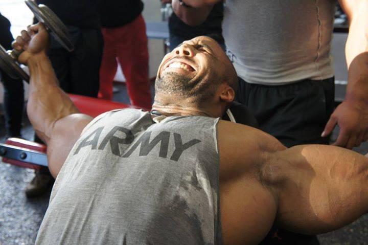 Cedric McMillan - chest training in Hungary