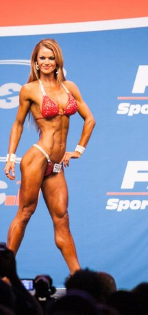 A REAL LIFE CINDERELLA STORY AT NICOLE WILKINS FITNESS CHAMPIONSHIPS!