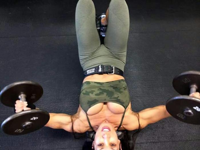 Female body builder 's world!