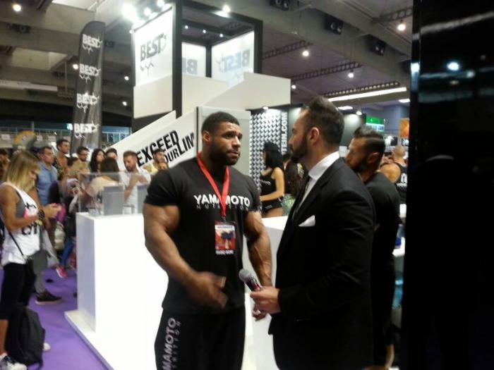Nathan De Asha signs with Yamamoto Nutrition