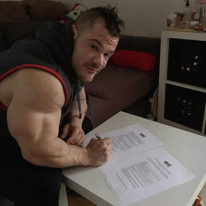 Nicolas Vullioud, New Pro IFBB!