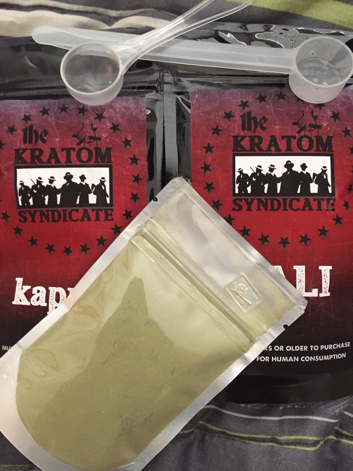 Kratom hippie blend reviewed by jim bob at whiskey drankers
